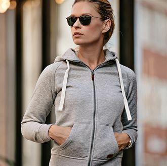 Women's Williamsburg fashionable hooded sweatshirt